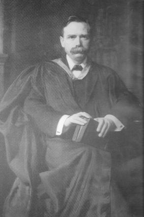 Peake 1865-1929.jpg