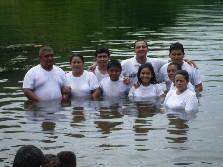 1st baptisms in El Salvador